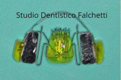 Apparecchio ortodontico funzionale realizzato da esperto di ortodonzia per bambini a Roma