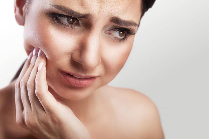 mal di denti o odontalgia, cause della sua formazione